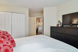 """Photo 11: 124 20200 56 Avenue in Langley: Langley City Condo for sale in """"THE BENTLEY"""" : MLS®# R2585180"""