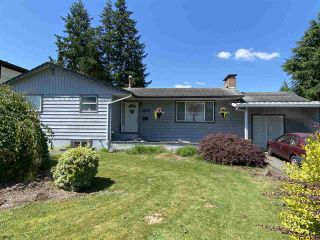 "Photo 1: 2159 WILEROSE Street in Abbotsford: Central Abbotsford House for sale in ""Mill Lake District"" : MLS®# R2477589"