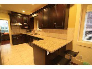 Photo 3: 920 SPERLING Avenue in Burnaby: Sperling-Duthie 1/2 Duplex for sale (Burnaby North)  : MLS®# V859901