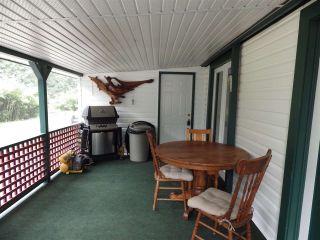 Photo 2: 3 5302 SELMA PARK Road in Sechelt: Sechelt District Manufactured Home for sale (Sunshine Coast)  : MLS®# R2498079