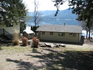 Photo 1: 6366 Squilax Anglemont Hwy in Magna Bay: North Shuswap House for sale (Shuswap)  : MLS®# 10181400
