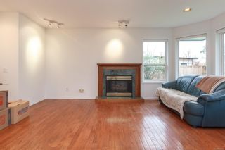 Photo 6: 1641 Kenmore Rd in : SE Lambrick Park Half Duplex for sale (Saanich East)  : MLS®# 865465