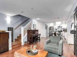 """Photo 6: 2774 ALMA Street in Vancouver: Kitsilano Townhouse for sale in """"Twenty On The Park"""" (Vancouver West)  : MLS®# R2501470"""