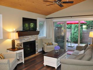 Photo 2: 256 1130 RESORT DRIVE in PARKSVILLE: PQ Parksville Row/Townhouse for sale (Parksville/Qualicum)  : MLS®# 726572
