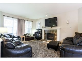 """Photo 3: 24299 102 Avenue in Maple Ridge: Albion House for sale in """"COUNTRY LANE"""" : MLS®# V1113477"""