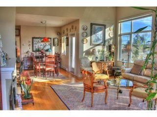 Photo 3: 403 4394 West Saanich Rd in VICTORIA: SW Royal Oak Condo for sale (Saanich West)  : MLS®# 746608