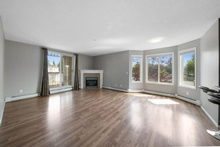 Photo 1: 202 9 Country Village Bay NE in Calgary: Country Hills Village Apartment for sale : MLS®# A1135669