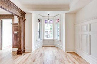 Photo 1: 2 10 Sylvan Avenue in Toronto: Dufferin Grove House (3-Storey) for lease (Toronto C01)  : MLS®# C4181982