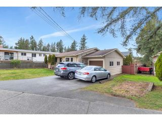 Photo 3: 2851 OLD CLAYBURN Road in Abbotsford: Central Abbotsford House for sale : MLS®# R2543347