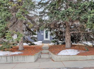 Photo 2: 7727 47 Avenue NW in Calgary: Bowness Detached for sale : MLS®# A1079971