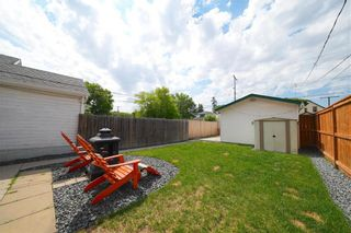 Photo 3: 518 Bannerman Avenue in Winnipeg: North End Residential for sale (4C)  : MLS®# 202116352