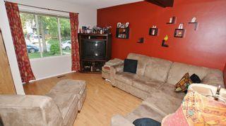 Photo 5: Canterbury Park family home