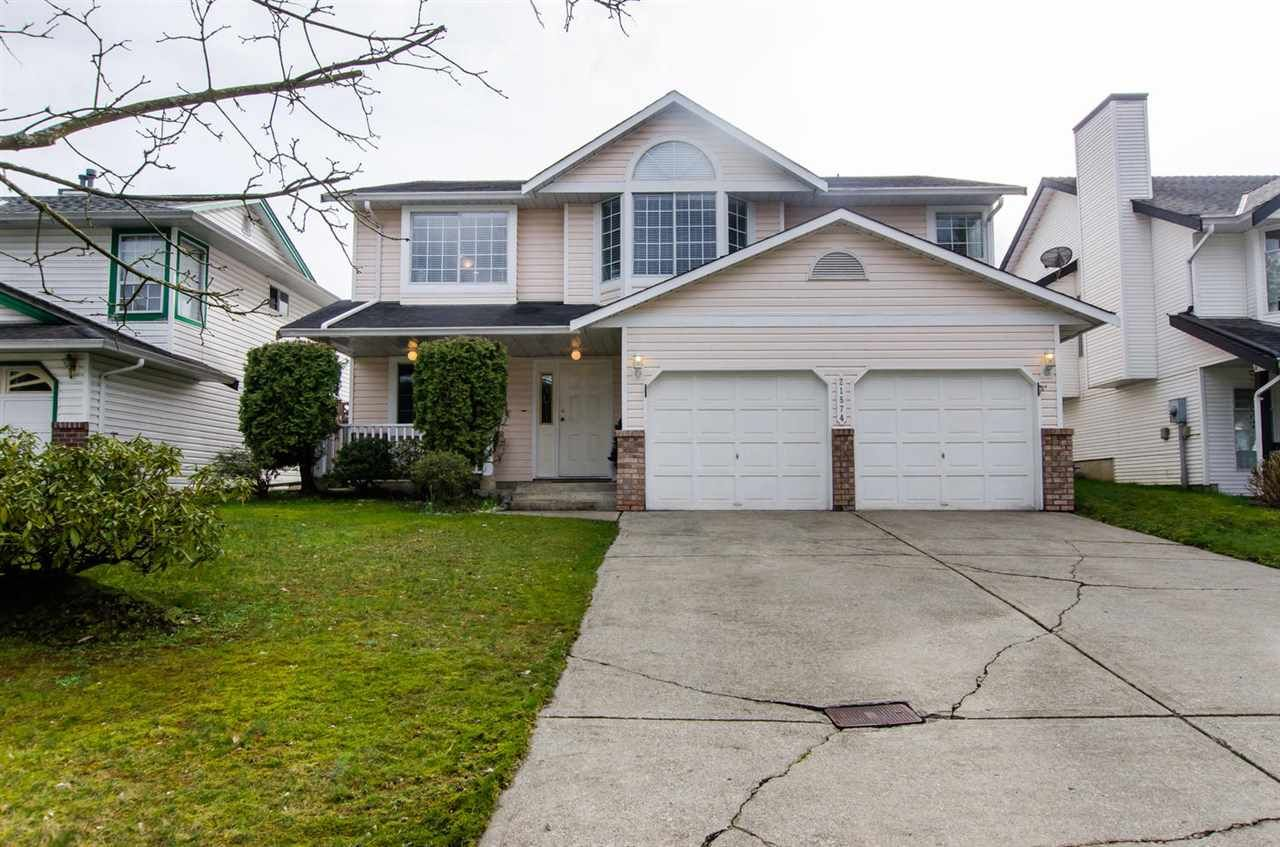 """Main Photo: 21574 93A Avenue in Langley: Walnut Grove House for sale in """"Walnut Grove"""" : MLS®# R2043745"""