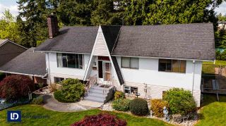Photo 3: 1723 CHARLAND Avenue in Coquitlam: Central Coquitlam House for sale : MLS®# R2577562