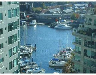 """Photo 1: 1408 1500 HORNBY Street in Vancouver: False Creek North Condo for sale in """"888 BEACH"""" (Vancouver West)  : MLS®# V720670"""
