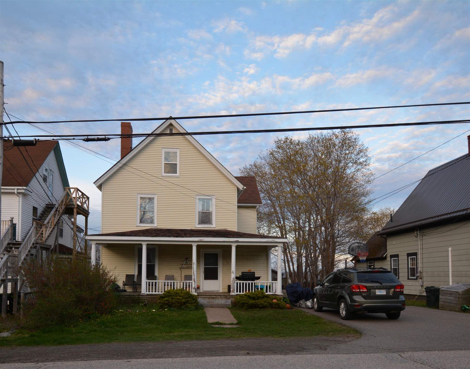 Main Photo: 182/184 QUEEN STREET in Digby: 401-Digby County Multi-Family for sale (Annapolis Valley)  : MLS®# 202111118