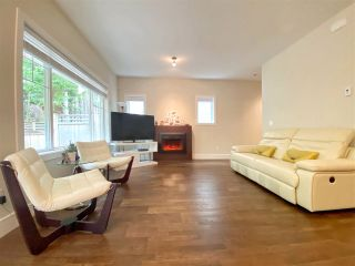 """Photo 4: 17 7288 BLUNDELL Road in Richmond: Broadmoor Townhouse for sale in """"SONATINA"""" : MLS®# R2461126"""