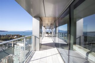 "Photo 2: 4801 1480 HOWE Street in Vancouver: Yaletown Condo for sale in ""Vancouver House"" (Vancouver West)  : MLS®# R2515524"