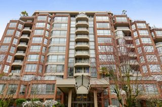 Main Photo: 810 2201 PINE Street in Vancouver: Fairview VW Condo for sale (Vancouver West)  : MLS®# R2611874