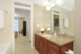 """Photo 16: 207 15164 PROSPECT Avenue: White Rock Condo for sale in """"WATERFORD PLACE"""" (South Surrey White Rock)  : MLS®# R2032759"""