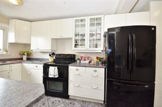Photo 5: 495 BEECH Crescent in Prince George: Westwood Townhouse for sale (PG City West (Zone 71))  : MLS®# R2387020