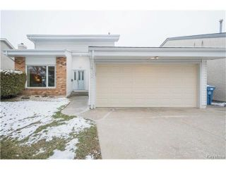 Photo 1: 147 Alburg Drive in Winnipeg: River Park South Residential for sale (2F)  : MLS®# 1703172