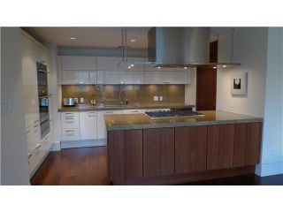 Photo 4: 288 N Beach Crescent in Vancouver: Yaletown Townhouse for sale (Vancouver West)