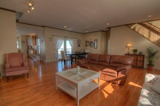Photo 3: 204042 RR251: Mossleigh House for sale : MLS®# C4171966