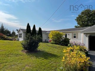 Photo 2: 1039 MacGillivray Lane in Ardness: 108-Rural Pictou County Residential for sale (Northern Region)  : MLS®# 202121472