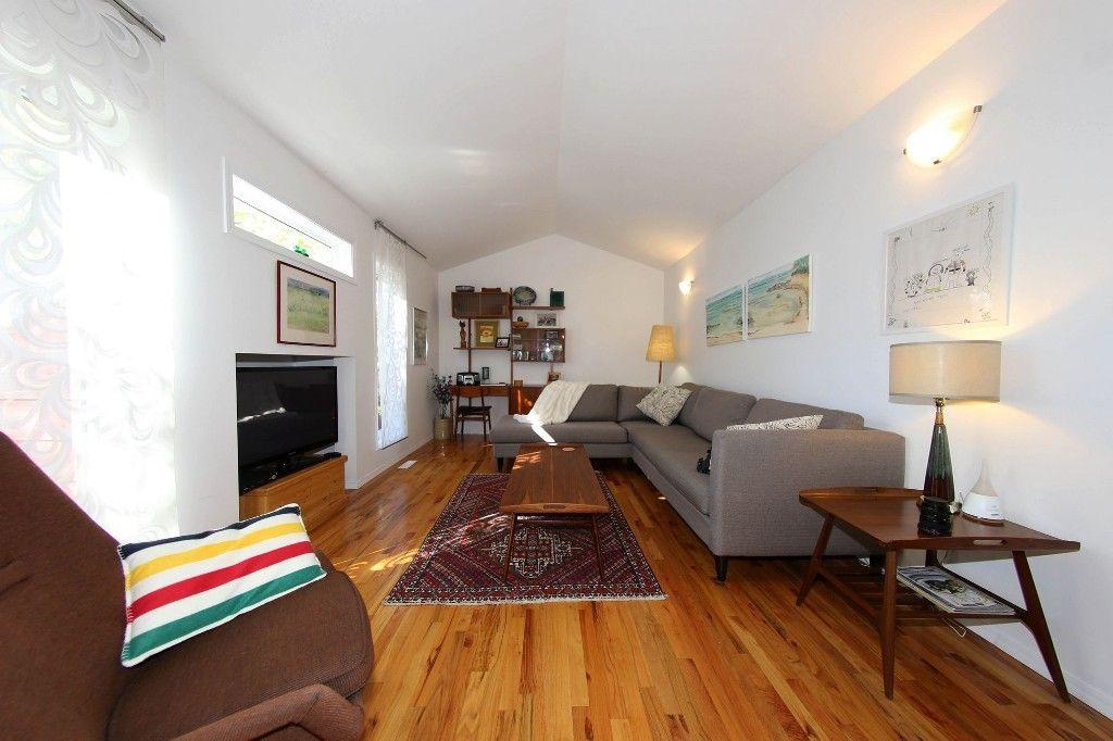 Photo 5: Photos: 60 Walnut Street in Winnipeg: Wolseley Single Family Detached for sale (5B)  : MLS®# 1625140