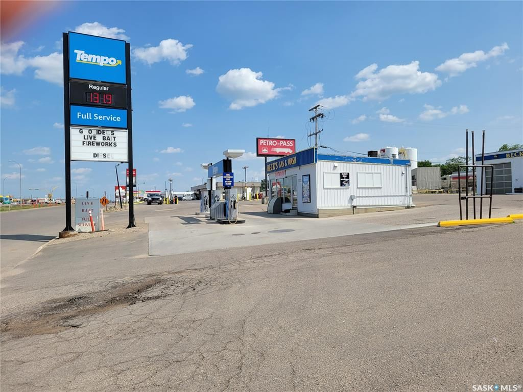 Main Photo: 123 11th Avenue West in Kindersley: Commercial for sale : MLS®# SK865056