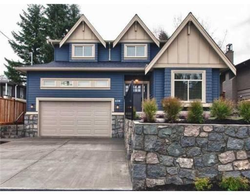 Main Photo: 634 W 17TH ST in North Vancouver: House for sale : MLS®# V868766