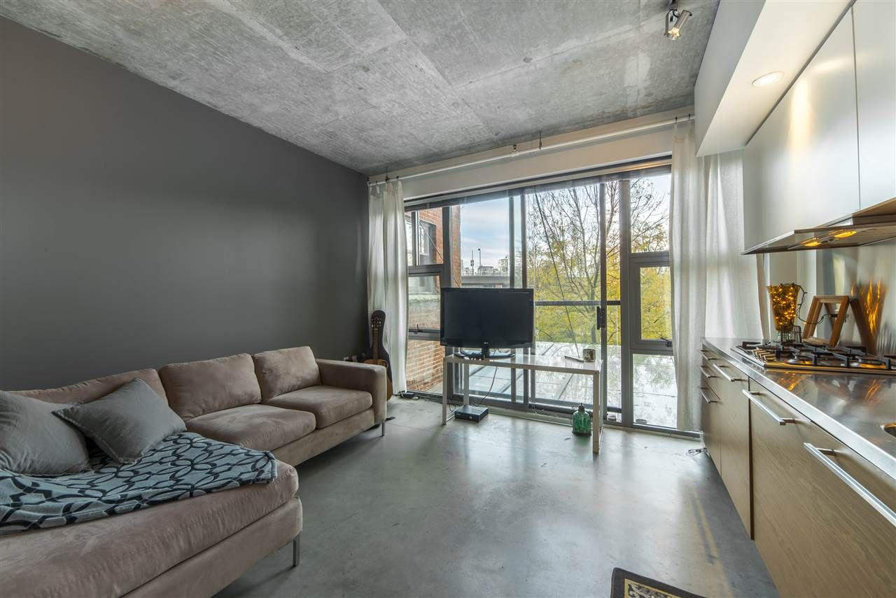 Main Photo: 201 388 W 1ST AVENUE in Vancouver: False Creek Condo for sale (Vancouver West)  : MLS®# R2014147