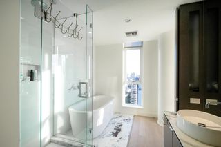 """Photo 18: 2701 1499 W PENDER Street in Vancouver: Coal Harbour Condo for sale in """"WEST PENDER PLACE"""" (Vancouver West)  : MLS®# R2614802"""
