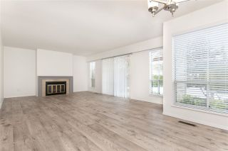 """Photo 2: 35 6140 192 Street in Surrey: Cloverdale BC Townhouse for sale in """"The Estates at Manor Ridge"""" (Cloverdale)  : MLS®# R2396053"""