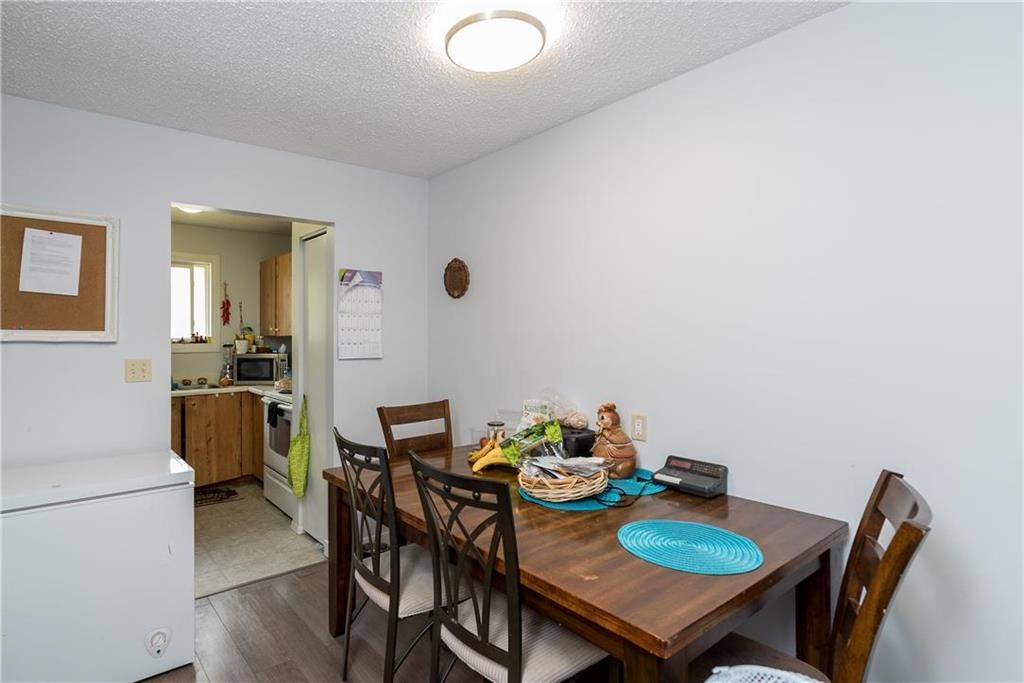 Photo 9: Photos: 1796 Jefferson Avenue in Winnipeg: Mandalay West Residential for sale (4H)  : MLS®# 202111323