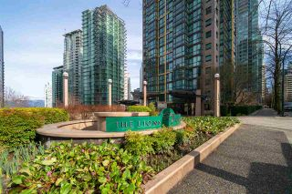 """Photo 2: 1609 1331 ALBERNI Street in Vancouver: West End VW Condo for sale in """"The Lions"""" (Vancouver West)  : MLS®# R2551404"""