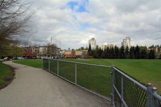 """Photo 17: 105 38 SEVENTH Avenue in New Westminster: GlenBrooke North Condo for sale in """"THE ROYCROFT"""" : MLS®# R2161029"""