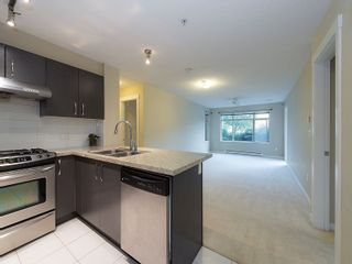 """Photo 3: 102 9199 TOMICKI Avenue in Richmond: West Cambie Condo for sale in """"MERIDIAN GATE"""" : MLS®# R2006928"""