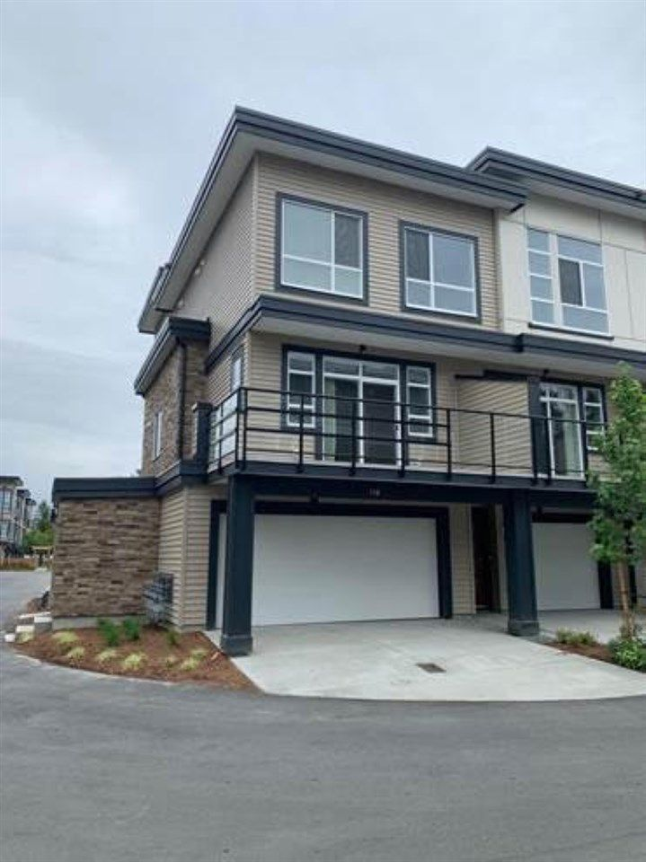 Main Photo: 91 8413 MIDTOWN Way in Chilliwack: Chilliwack W Young-Well Townhouse for sale : MLS®# R2398300