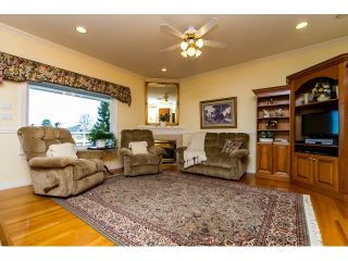 Photo 7: 5636 NELSON Avenue in Burnaby: Forest Glen BS House for sale (Burnaby South)  : MLS®# R2037578