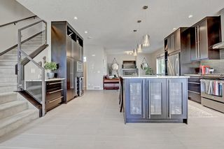 Photo 5: 3454 19 Avenue SW in Calgary: Killarney/Glengarry Row/Townhouse for sale : MLS®# C4203649