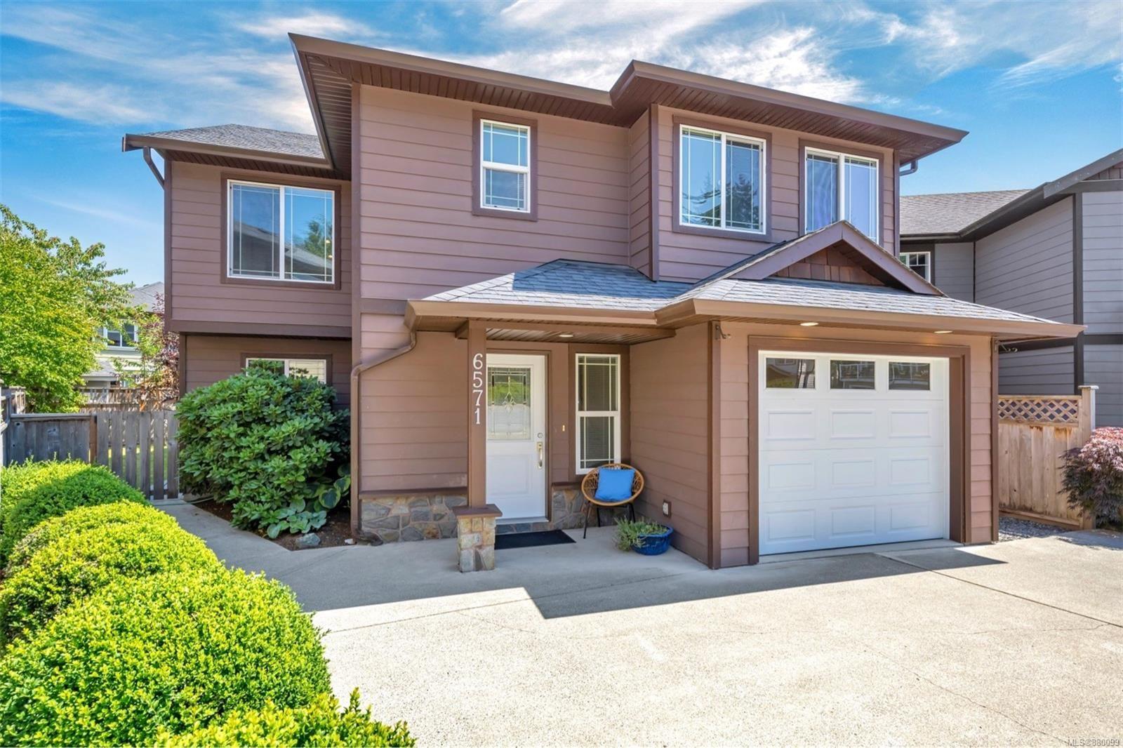 Main Photo: 6571 Worthington Way in : Sk Sooke Vill Core House for sale (Sooke)  : MLS®# 880099