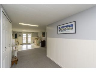 """Photo 17: 18076 58TH Avenue in Surrey: Cloverdale BC House for sale in """"CLOVERDALE"""" (Cloverdale)  : MLS®# F1440680"""