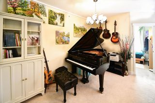 Photo 2: 204 5790 EAST BOULEVARD in Vancouver: Kerrisdale Condo for sale (Vancouver West)  : MLS®# R2604138
