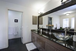 Photo 33: 131 SPRINGBLUFF Boulevard SW in Calgary: Springbank Hill Detached for sale : MLS®# A1066910