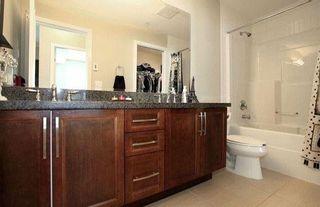 Photo 8: 202 15268 18 Avenue in Surrey: King George Corridor Condo for sale (South Surrey White Rock)  : MLS®# R2239112