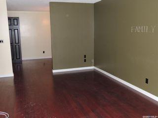 Photo 3: 105 525 Dufferin Avenue in Estevan: Residential for sale : MLS®# SK808833