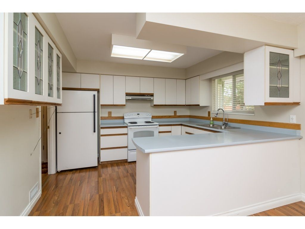 Photo 9: Photos: 9058 WRIGHT Street in Langley: Fort Langley House for sale : MLS®# R2104173
