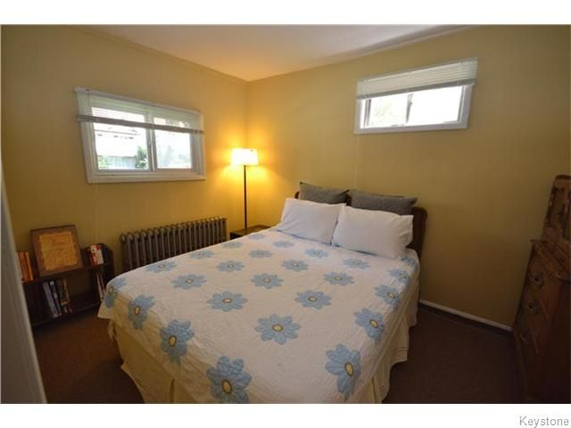 Photo 11: Photos: 475 De La Morenie Street in Winnipeg: St Boniface Residential for sale (2A)  : MLS®# 1615649